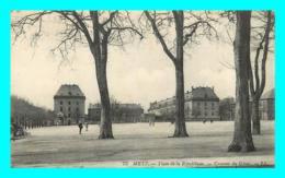 A772 / 377 57 - METZ Place De La République Caserne Du Génie - Metz
