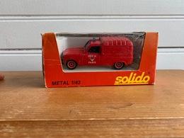 Solido 1325 , 4L (pompiers) - Solido