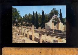 VAISON LA ROMAINE Vaucluse 84 : Ruines Romaines De La Rue Des Boutiques Et Arche De La Basilica - Vaison La Romaine