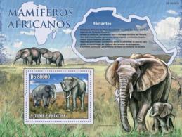 S. TOME & PRINCIPE 2010 - Animals Of Africa - Elephants S/s - YT 538, Mi 4481/BL.769 - São Tomé Und Príncipe