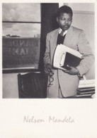 Nelson Mandela South African Polititician Leader In 1952 Image On C1980s/90s Vintage Postcard - Beroemde Personen