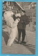 Ours Blanc Avec Un Skieur - Deguisement - Photo Etienne L ' Alpe D ' Huez ( Isere ) - Homme Deguise - - Photographs