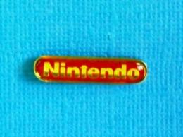 1 PIN'S //   **  LOGO / NINTENDO ** . (<FF>) - Jeux