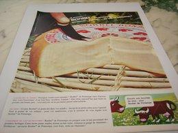 ANCIENNE PUBLICITE MOELLEUX ET FONDANT FROMAGE BONBEL 1964 - Affiches