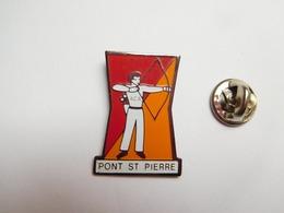 Beau Pin's , Tir à L'arc De Pont Saint Pierre , Eure - Boogschieten