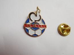 Beau Pin's , Football , GCOB , Gallia Club Olympique Bihorellais , Bihorel , Coq , Seine Maritime - Voetbal