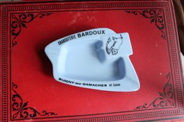 Cendrier Publicité Charcuterie BARDOUX      BUIGNY LES GAMACHES      TEL   CABINE - Cendriers