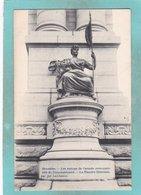 Small Postcard Of Les Statues De L`arcade Monumentale Du Cinquantenaire,Brussels,Bruxelles,Belgium,S68 - Monuments