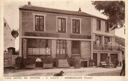 - SERMIZELLES (89) - Café Hôtel Du Centre  (animée, Beau Plan)  -12397- - Other Municipalities