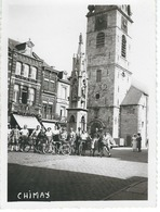CHIMAY : Superbe Photo Anonyme - Grand Place Avec Groupe De Cyclistes - Dimensions 11 / 8 CM - Lugares