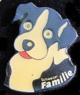 CHIEN NOIR ET BLANC - BLAKE AND WHITE DOG - SCHWARZ UND WEISS HUND - SCHWEIZER FAMILIE -   (21) - Animales