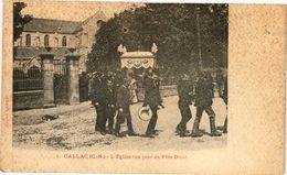 CPA CALLAC-L'Église Un Jour De Fete Dieu (231037) - Callac
