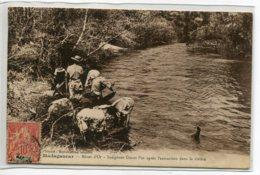 MADAGASCAR Mines D'Or Indigènes Lavant Or Apres Extraction Dans La Riviere écrite Diego Suarez 5 Nov 1910    D11  2019 - Madagascar
