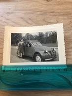 PETITE PHOTO  Automobile  Anciens Citroën - 2 CV  DIM  10 X 8cm - Automobiles