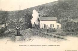 87 , Eymoutiers , Tunnel Du Chateau , Arrivée D'un Train , * 405 08 - Eymoutiers