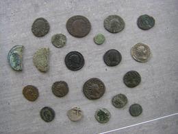 Lot De Vingt Monnaies Romaines - Monnaies Antiques
