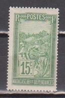 MADAGASCAR            N°  YVERT  :    156  NEUF AVEC  CHARNIERES      ( 02/39   ) - Nuevos