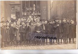 """CPA PHOTO - 75 - PARIS (Probablement) - MAION SALIS """"BUVETTE"""" Très Beau Cliché Groupe D'enfants Gros Plan - Vers 1905 19 - Postcards"""