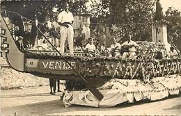 Themes Div-ref DD41- Carte Photo - 13,5cms X 8,5cms - Fete De La Lavande A Digne En 1948- Gondole A Venise - - Digne