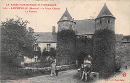 AMFREVILLE (50) - Le Vieux Château - La Poterne - Frankreich