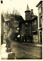 14197 - Isére :VIZILLE  Grandes Photos Anciennes  LE ROCHER  PERCE .....à Coté Du Cafe Du Rocher - Vizille