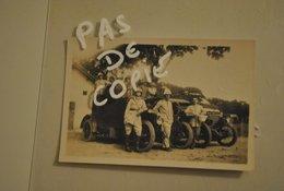 Afrique Cameroun Douala Voiture Et Militaires En 1939 - Africa