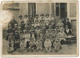 PHOTO ORIGINAL 1944 LYON 9° ECOLE CLASSE 1939 ST RAMBERT ILE BARBE LYON 9° CLASSE ANNEE SCOLAIRE 1939 (PHOTO 17,8CMX13CM - Marcophilie (Lettres)