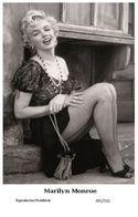 MARILYN MONROE - Film Star Pin Up PHOTO POSTCARD - 201-532 Swiftsure Postcard - Artistas