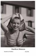 MARILYN MONROE - Film Star Pin Up PHOTO POSTCARD- Publisher Swiftsure 2000 (201/298) - Artistas