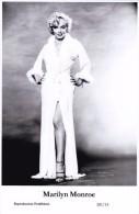 MARILYN MONROE - Film Star Pin Up - Publisher Swiftsure Postcards 2000 - Artistas