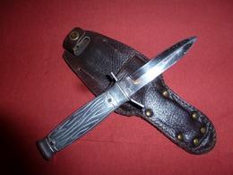 Couteau Militaire Français  Crève Dinghy - Armes Blanches