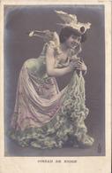 BAC19 - FEMME FRAU LADY  EN   OISEAU DE NEIGE   CPA CIRCULEE VOIR VERSO - Women