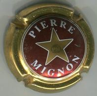 CAPSULE-CHAMPAGNE MIGNON Pierre N°13a Bordeaux & Or Foncé - Mignon, Pierre