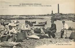 50 ,  GATTEVILLE , Port De Roubary Et Phare , * 427 63 - France