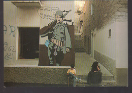 REF 403 : CPM Italie Sardaigne Murs Peints Orgosolo Une Autre Guerre Chaplin Charlot - Italie