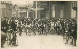 03 , MONTLUCON , Course Cycliste , Premier Pas Dunlop , Carte Photo , * 431 16 - Montlucon
