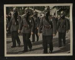 WW II Zigaretten Sammelbild 6,2 X 4,8 Cm , Der Staat Der Arbeit Und Des Friedens , Nr. 278 : Luftschutzbund , Feuerweh - Lettres & Documents