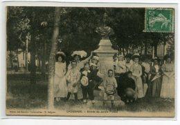 """82 CAUSSADE Carte Rare Femmes Et Enfants De """" Bonnes Familles """"  Entrée Jardin Public 1911 Timb - R Salgues E  D12 2019 - Caussade"""