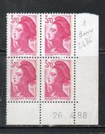 FRANCE N° 2486 3.70 ROSE TYPE LIBERTE COIN DATE DU 26.4.1988 1 BANDE DE PHOSPHORE NEUF SANS CHARNIERE - Variedades Y Curiosidades