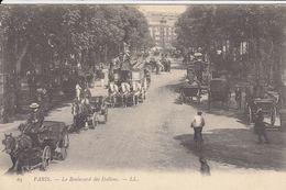 FRANCE : Paris, Fontainebleau, Chantilly. Environ 85 Ca - Cartoline