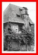 CPSM/pf (19) TREIGNAC.  Une Vieille Maison....J641 - Treignac