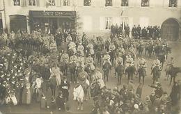 Themes Div-ref CC919- Carte Photo -militaires - Militaria -arrivee Des Troupes Francaises A Wasselonne - Allemagne - - Germania