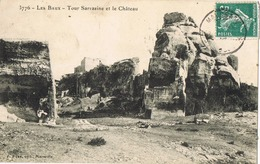 33755. Postal MAUSSANE Les ALPILLES (Bouches Du Rhone) 1910. LES BAUX. Tour Sarrasine Et Chateau - Francia