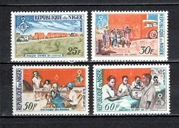 NIGER N° 145 à 148  NEUFS SANS CHARNIERE COTE 4.20€  OMNES CAMION MEDECIN - Niger (1960-...)