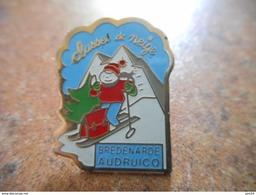 A005 -- Pin's Classe De Neige - Bredenarde Audruicq - Sports D'hiver