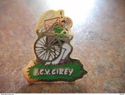 A005 -- Pin's ECV Cirey - Cyclisme