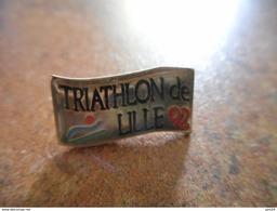 A005 -- Pin's Triathlon De Lille 92 - Biathlon