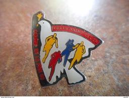 A005 -- Pin's Trith Saint Leger Course De La Paix 92 - Athletics
