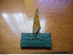 A016 -- Pin's Agadir - Villes