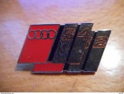 A017 -- Pin's Audi S4 S2 - Audi